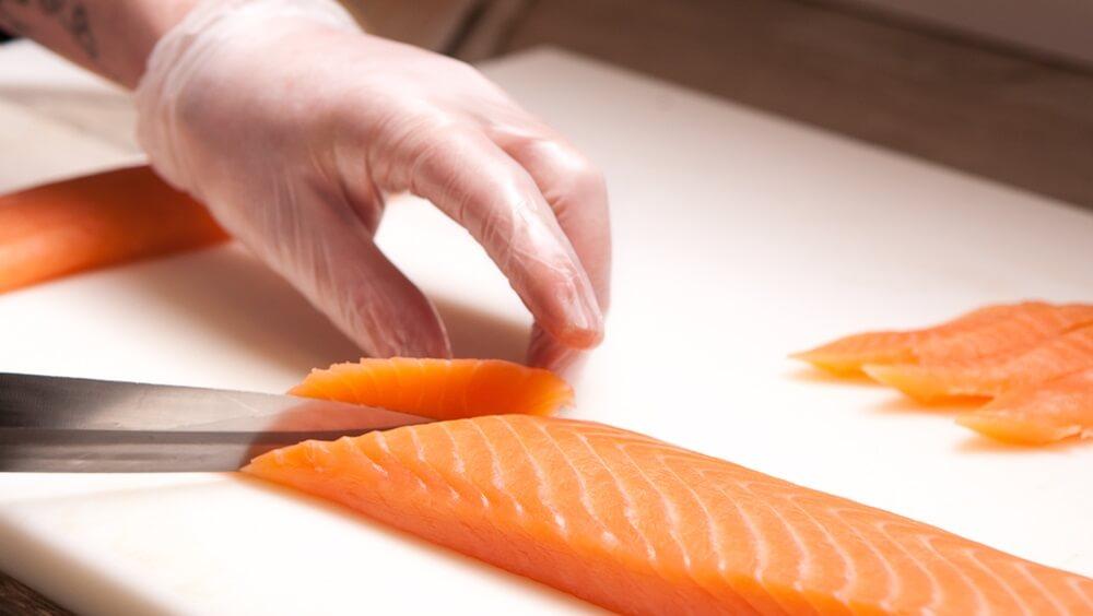 How to Cut Nigiri Salmon