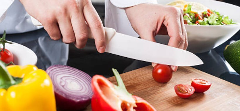 Ceramic Knife cutting vegetables